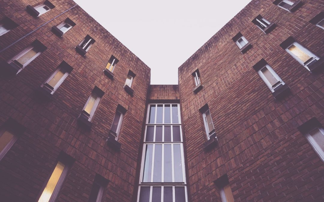 Inembargabilidad, desahucio y régimen de la propiedad como nuevos aspectos de la competencia aragonesa en materia de vivienda y propiedad